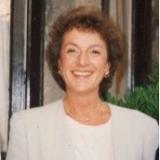 <h5>Clara Origlia </h5><p>Consulenza strategica - Formazione</p>